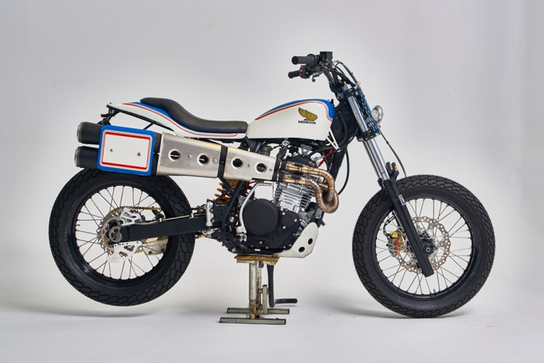 Vintage Addiction Crew & Moto Racing Canet: стрит-трекер Honda XR600