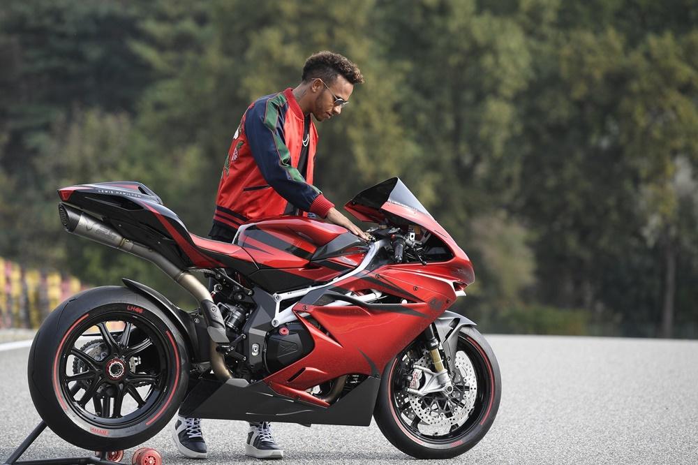 Спортбайк MV Agusta F4 Lewis Hamilton Special Edition LH44 2018
