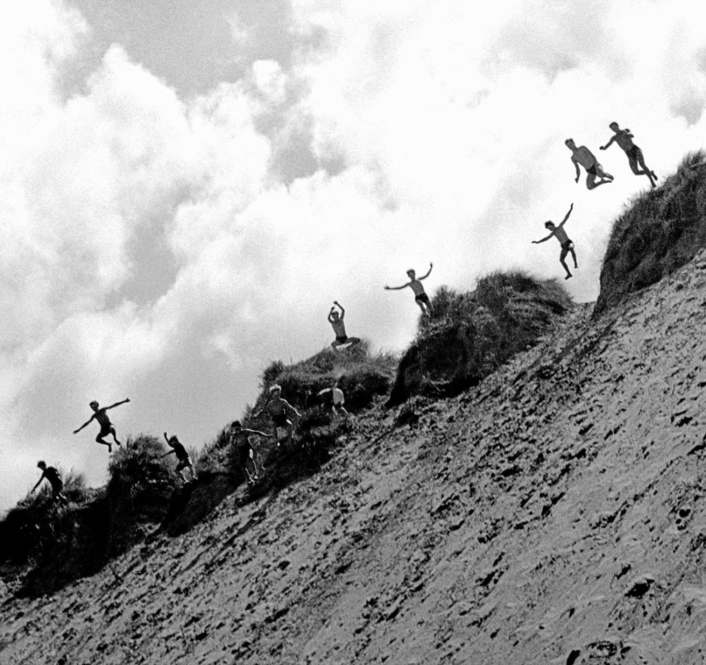 2609 Saut dans la dune de Donnant