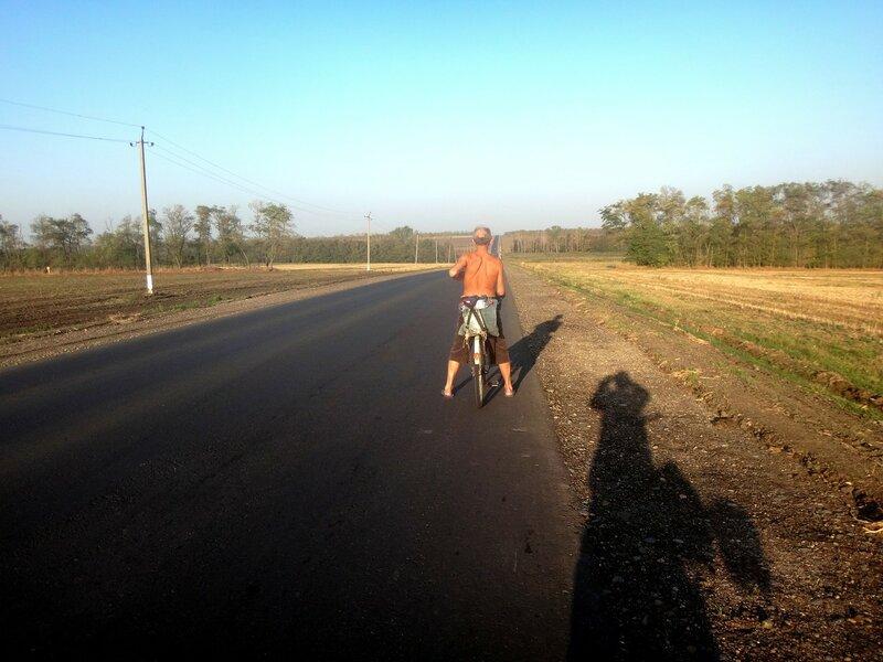 Хороша дорога и прекрасен путь!   ... 14. Фото из велокольца. Ахтари-Староминская-Бейсугский пролив (92).JPG