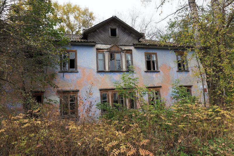 заброшенный старинный дом в Тесово-4