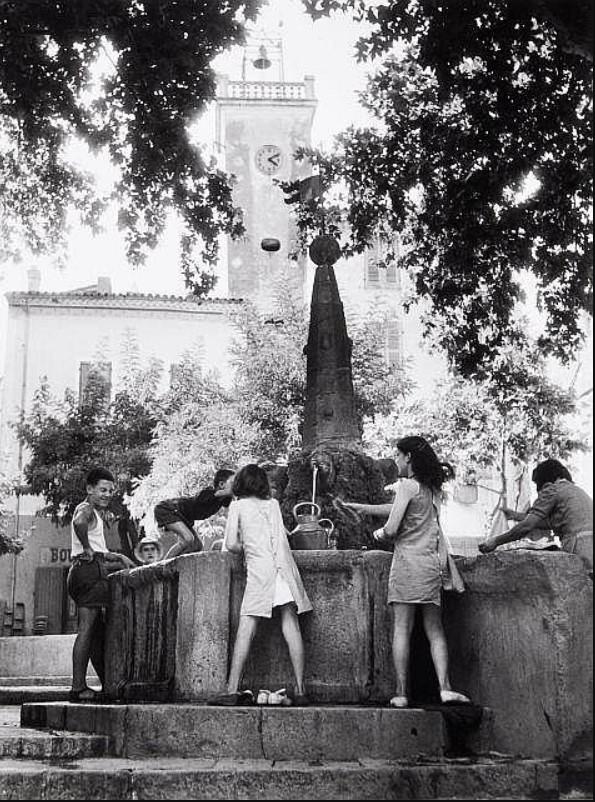 1947. Вар