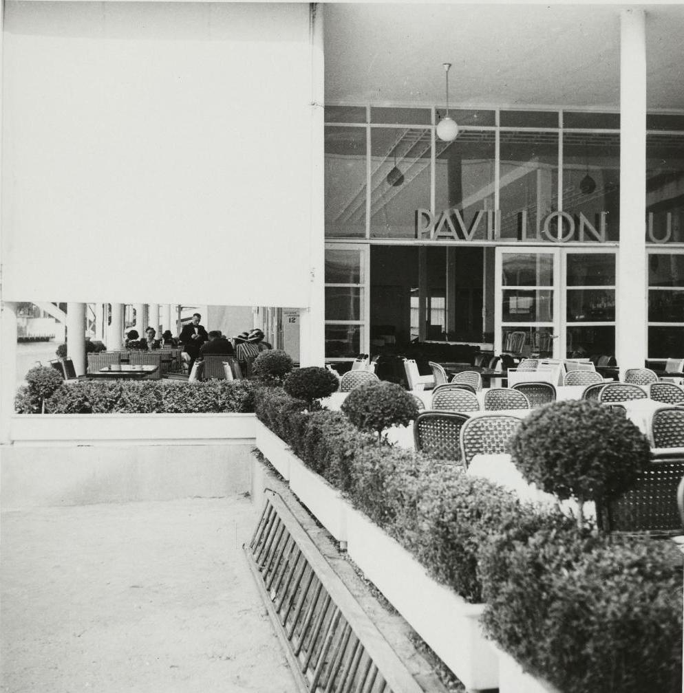 Павильон Лувра. Ресторан