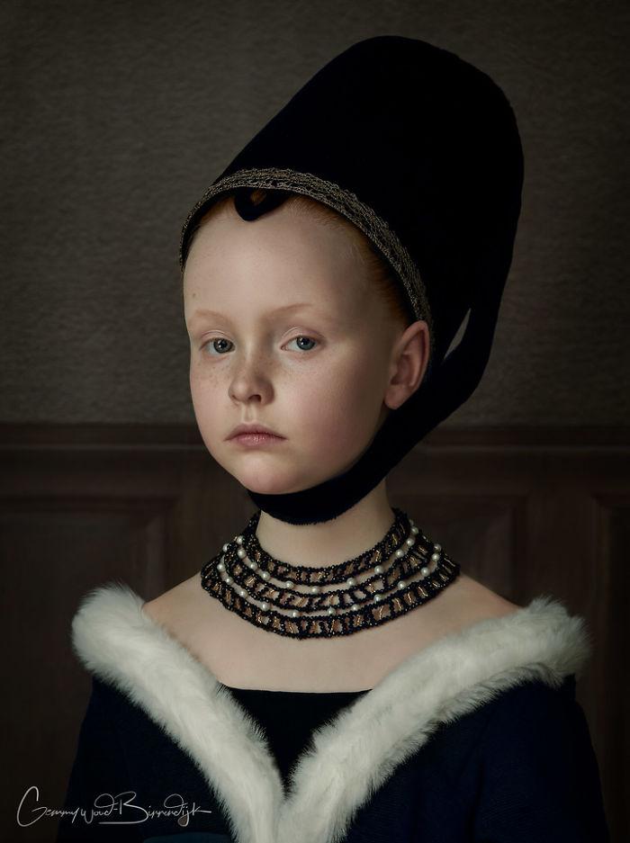 荷兰艺术家的照片看起来像经典的绘画