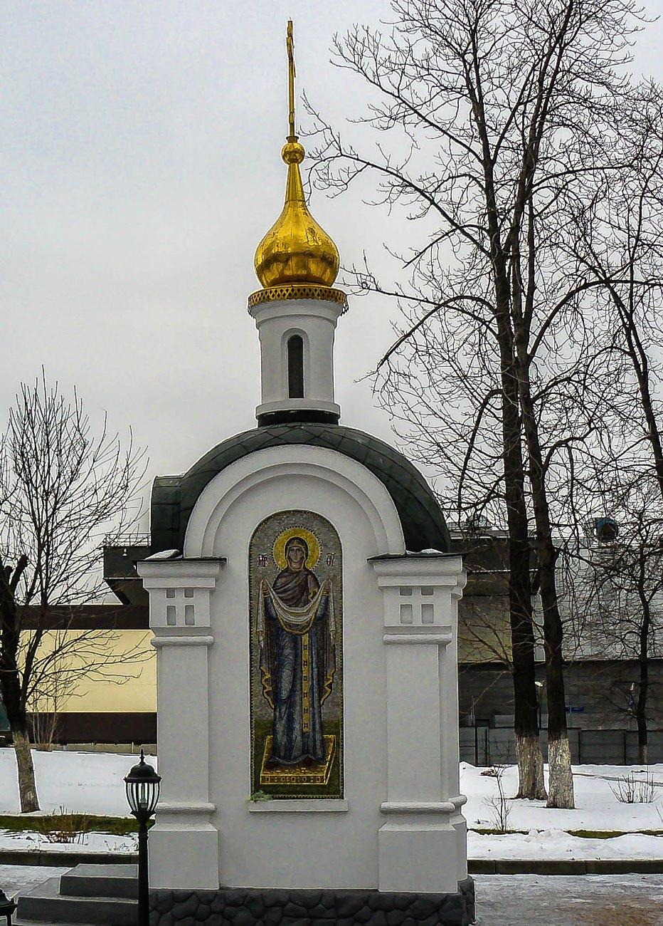 irina-fortuna-alekseevsky-monastery 06.jpg