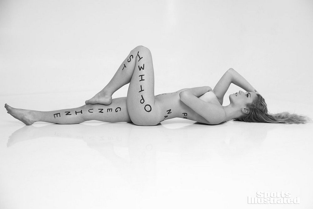 Sports Illustrated Swimsuit Swimsuit Александра Райсман девушки в купальниках ню ню в купальниках Ол