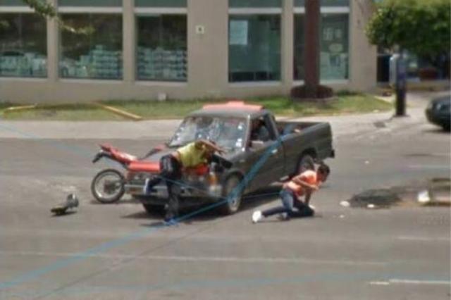 Система Google Street View зафиксировала мото аварию в Мексике