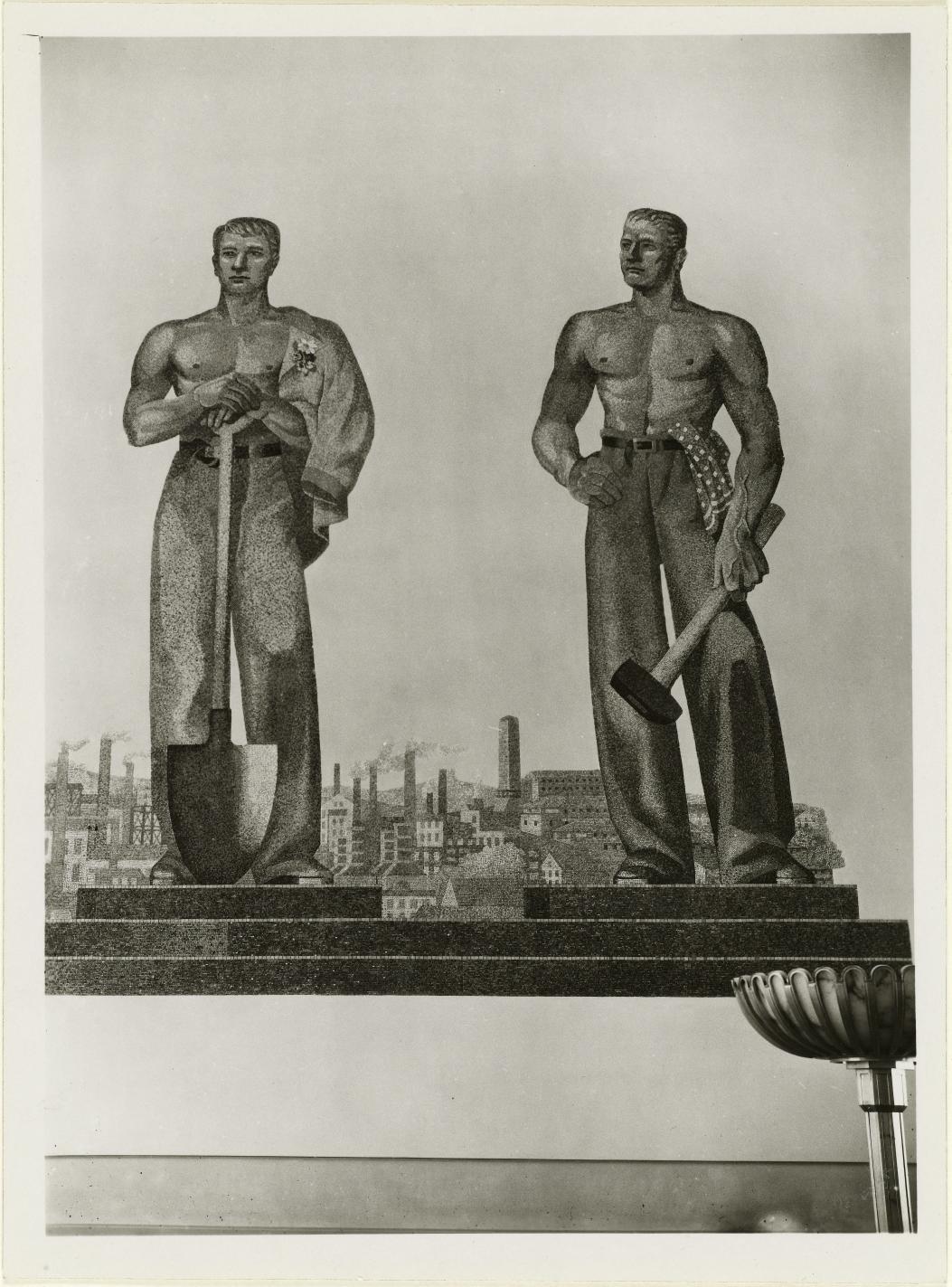 Большой выставочный зал. Мозаичная фреска «Немецкие рабочие» работы Огаста Вагнера