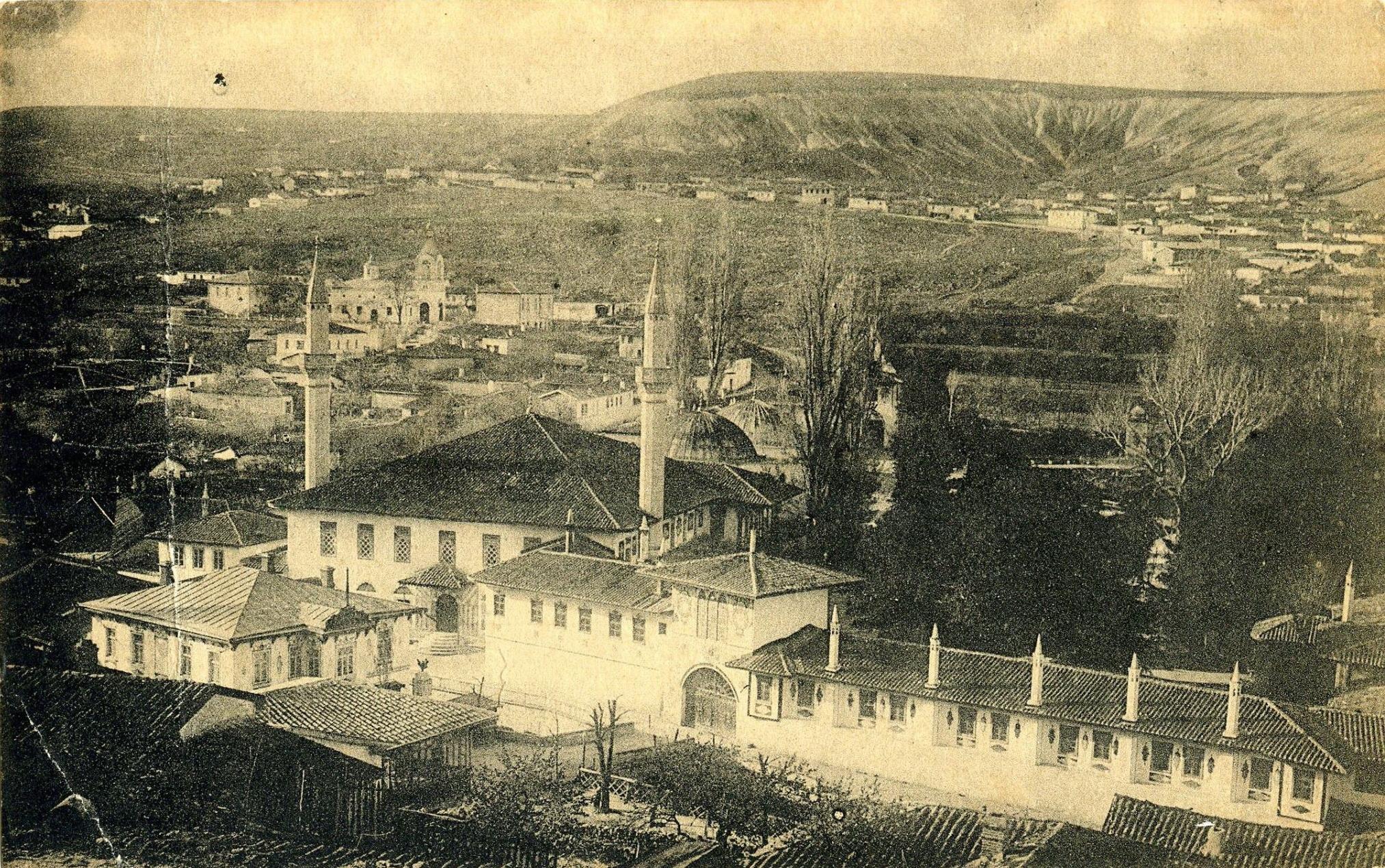 Вид на Ханский дворец. 1915
