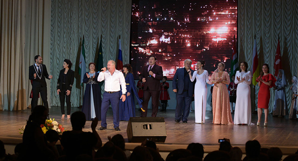 Сурков поздравил Южную Осетию сДнем принятия  независимости