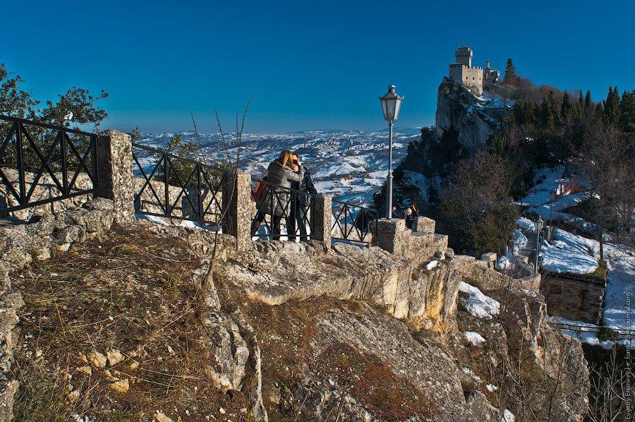 Самая главная из трех знаменитых сан-марийских башен —  Башня Гуаита . Первоначально