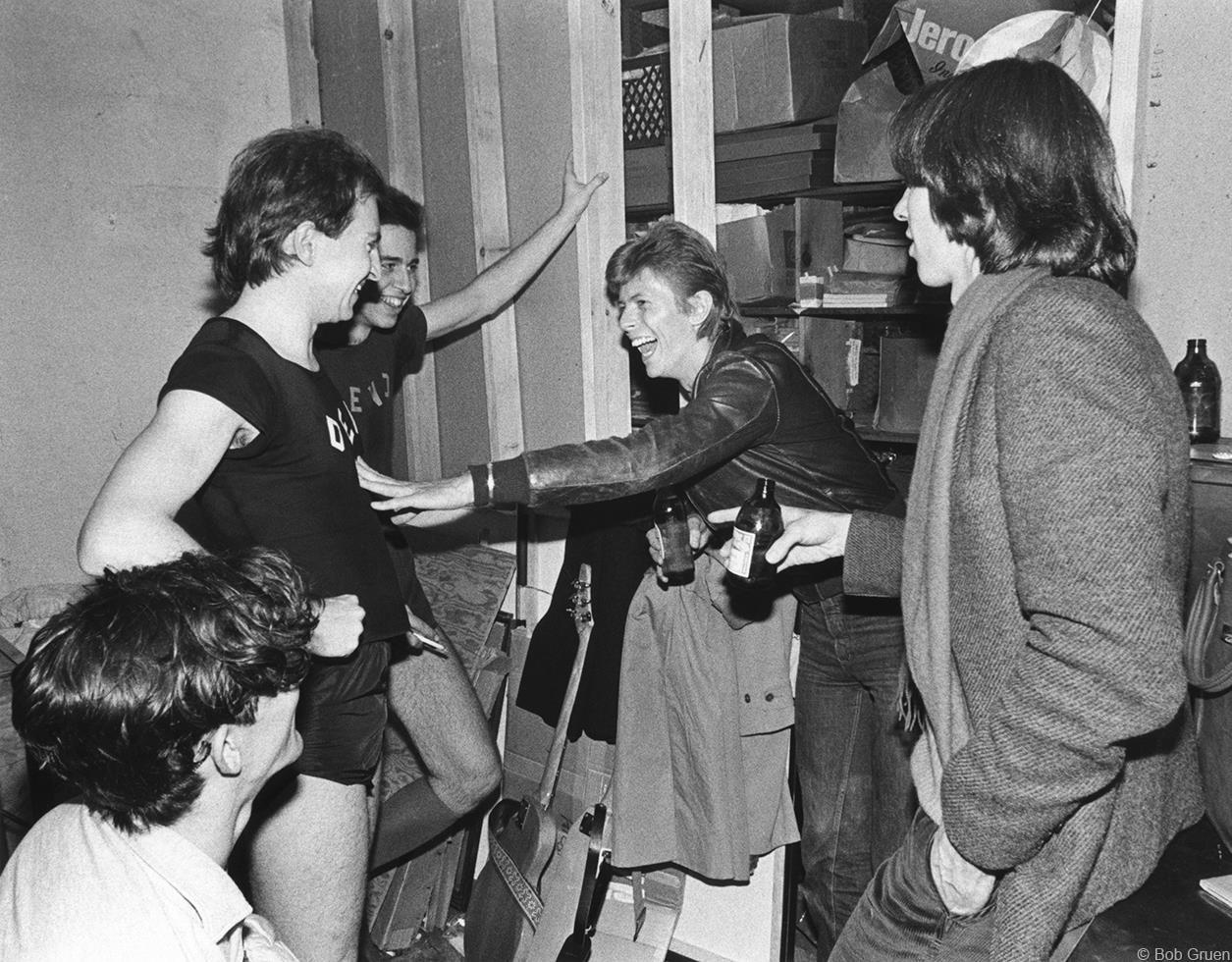 1977. «Devo» & Дэвид Боуи