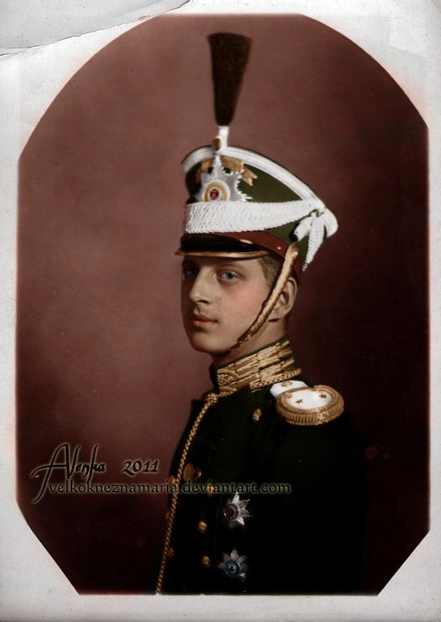 dmitri_pavlovich_in_uniform_by_velkokneznamaria-d39nzs0.jpg
