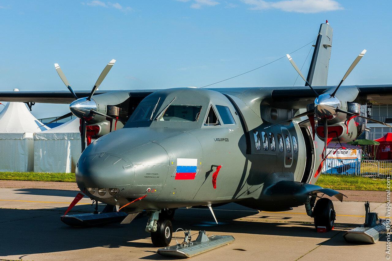 Л-410 на МАКС-2017.