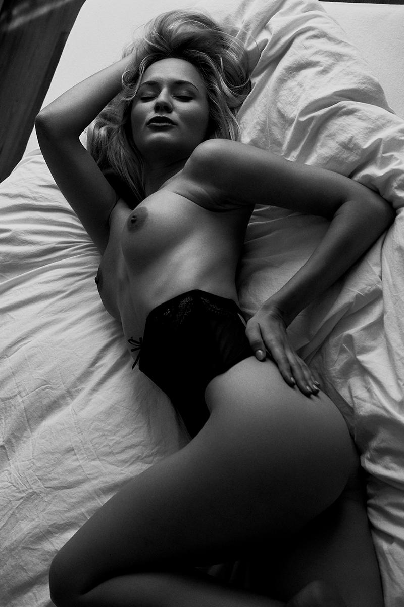 Annetta Negare by Fabian Timm