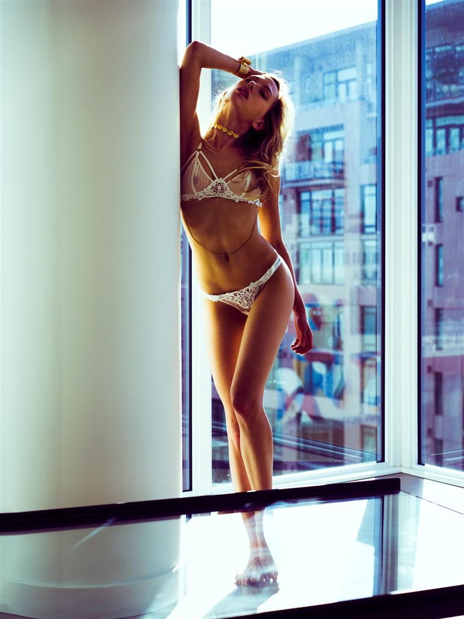 Scarlett Lillia by Charles Lucima
