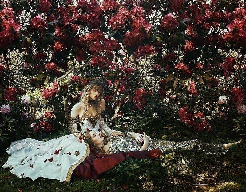 0 17dde6 b265d998 XL - Чувственная фотосессия девушек в красивых платьях