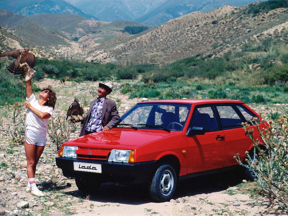 33. Тогда же на конвейер вышла ЗАЗ-1102 «Таврия», которая продержится на нём аж до 2007 года: