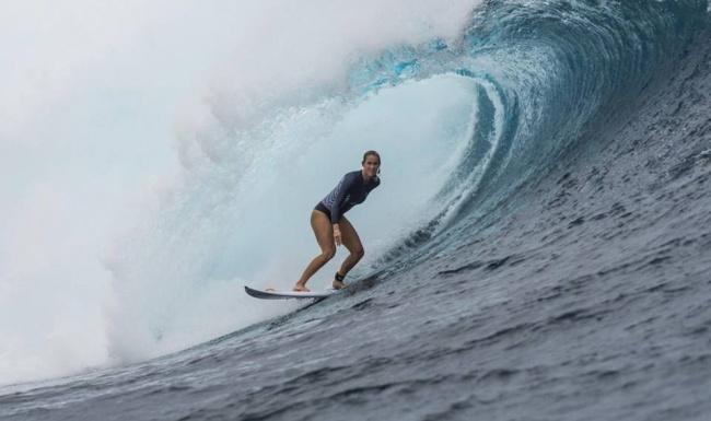© SurferBethanyHamilton/facebook     Бетани Хэмилтон в13лет чуть нелишилась жизни из-з