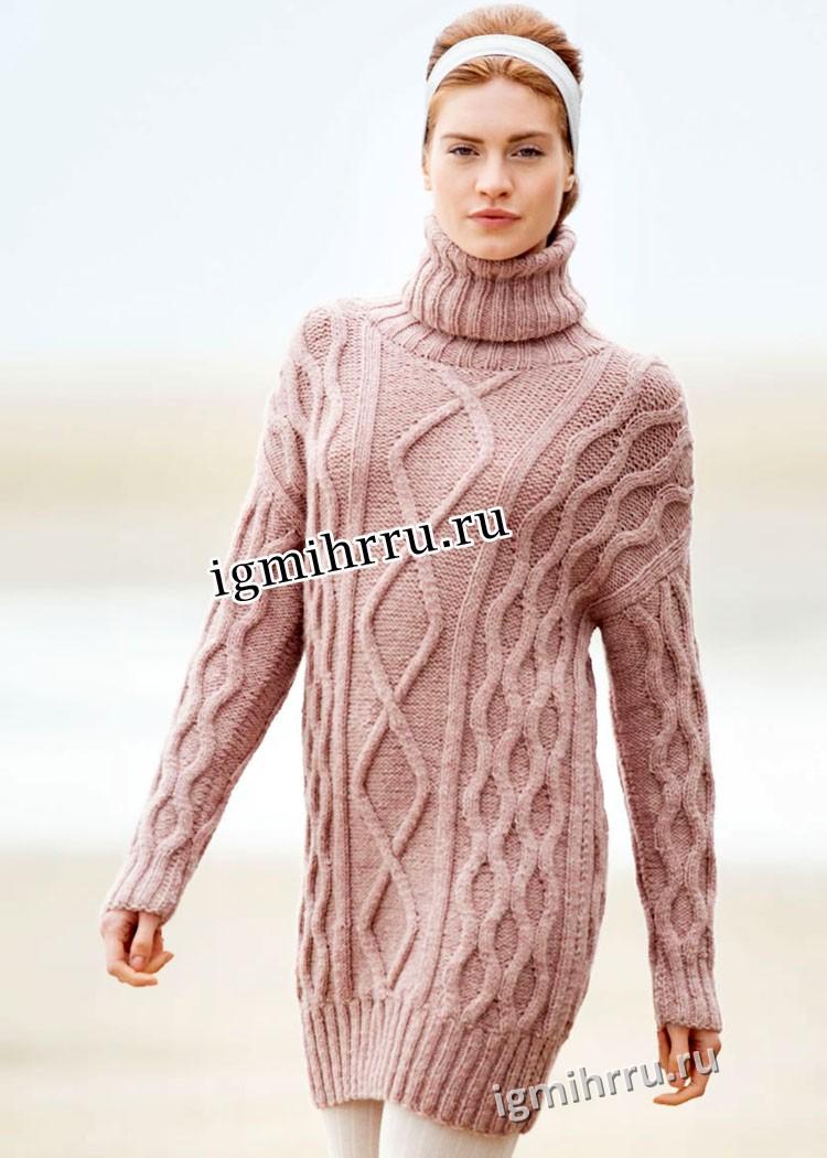 Шерстяной розовый свитер с крупными косами. Вязание спицами