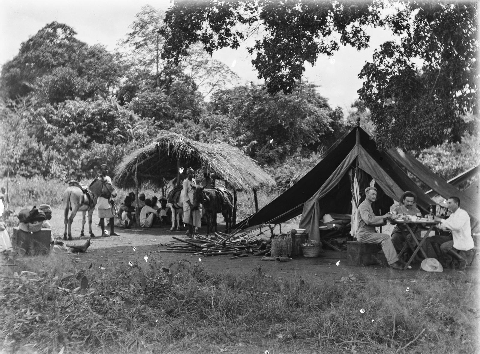 36. Экспедиционный лагерь