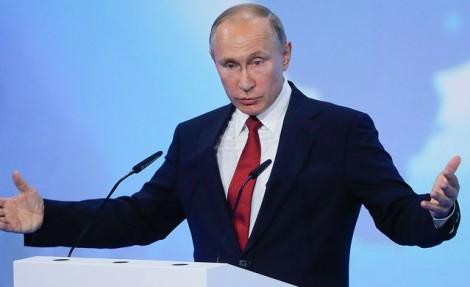 Путин поручил решить проблему льготных авиабилетов на Дальний Восток