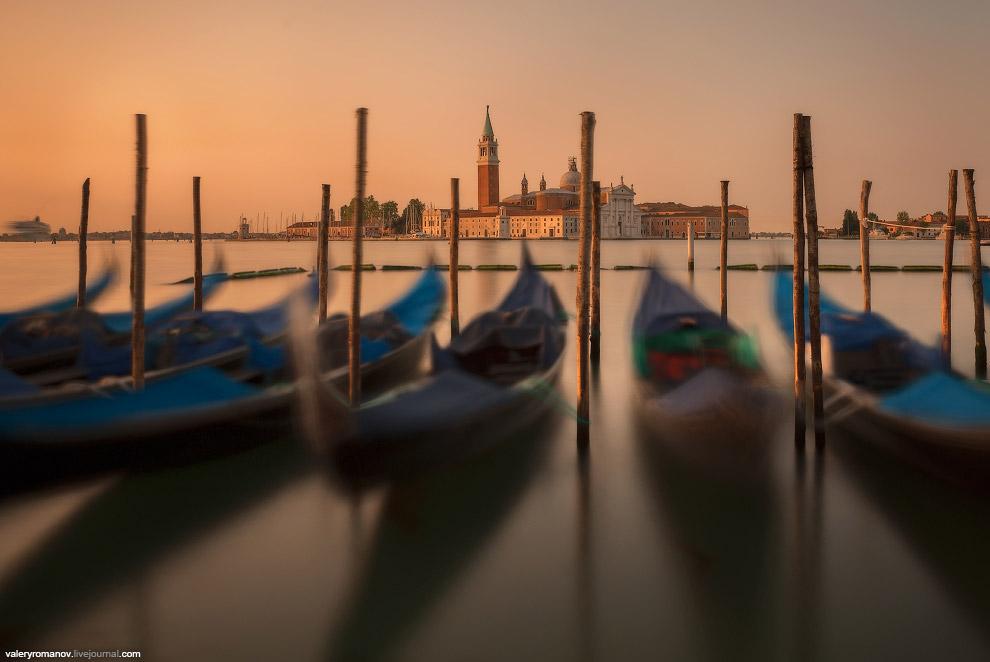 12. Рассвет в Венеции II. Вид на Сан-Джорджо Маджоре, Венеция, Италия. Май 2014.