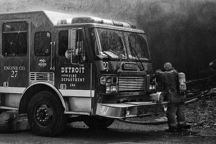 Больше чем работа: пожарные из Детройта (26 фото)