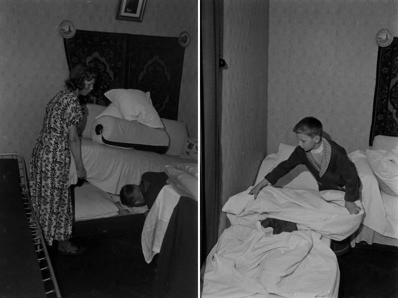 Мама могла помочь подержать край кровати, чтобы достать белье.