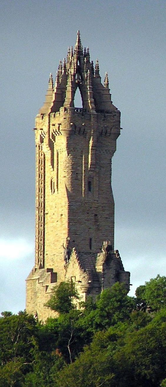 Wallace Monument, Scotland.jpg