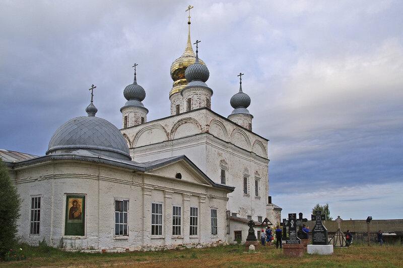 Свято-Николо-Тихонов мужской монастырь