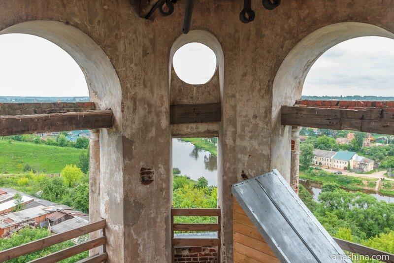 Ярус звона колокольни, Новоторжский Борисоглебский монастырь, Торжок