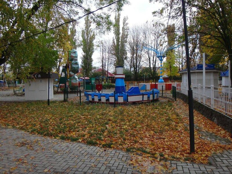 Осень ... На финише октября, в городе у моря Азовского. (17).JPG