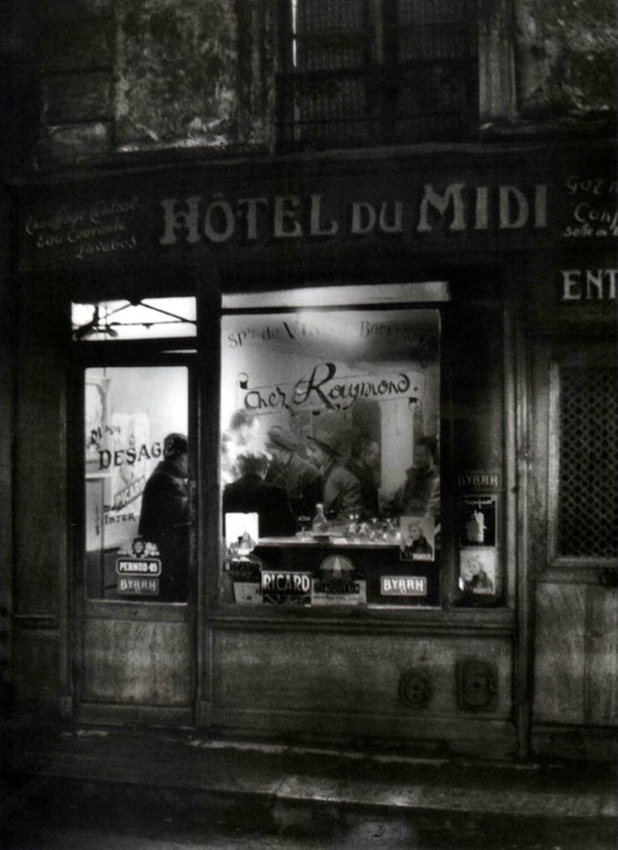 1955. Вечер в бистро Раймонд в отеле дю Миди, улица Муффетар