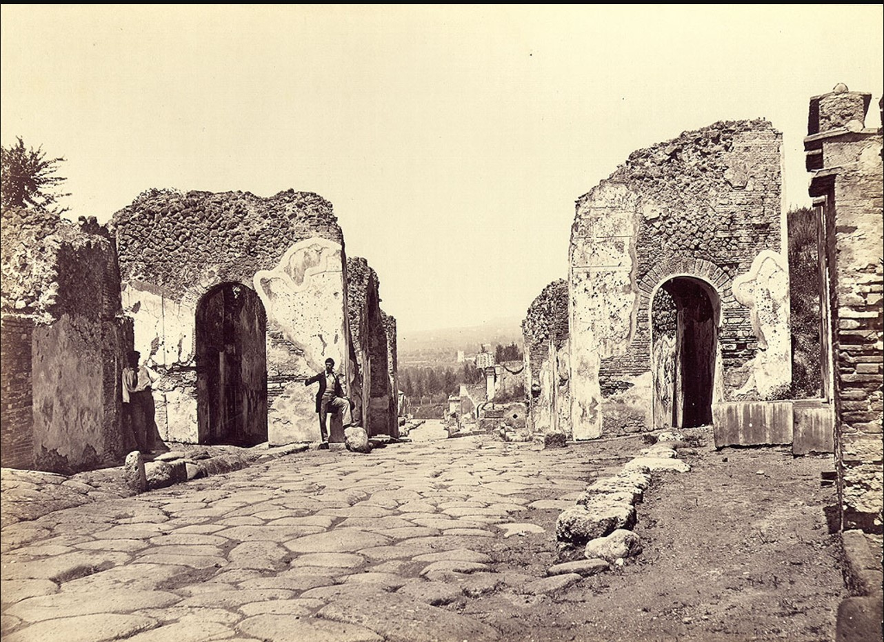 Геркуланумские ворота