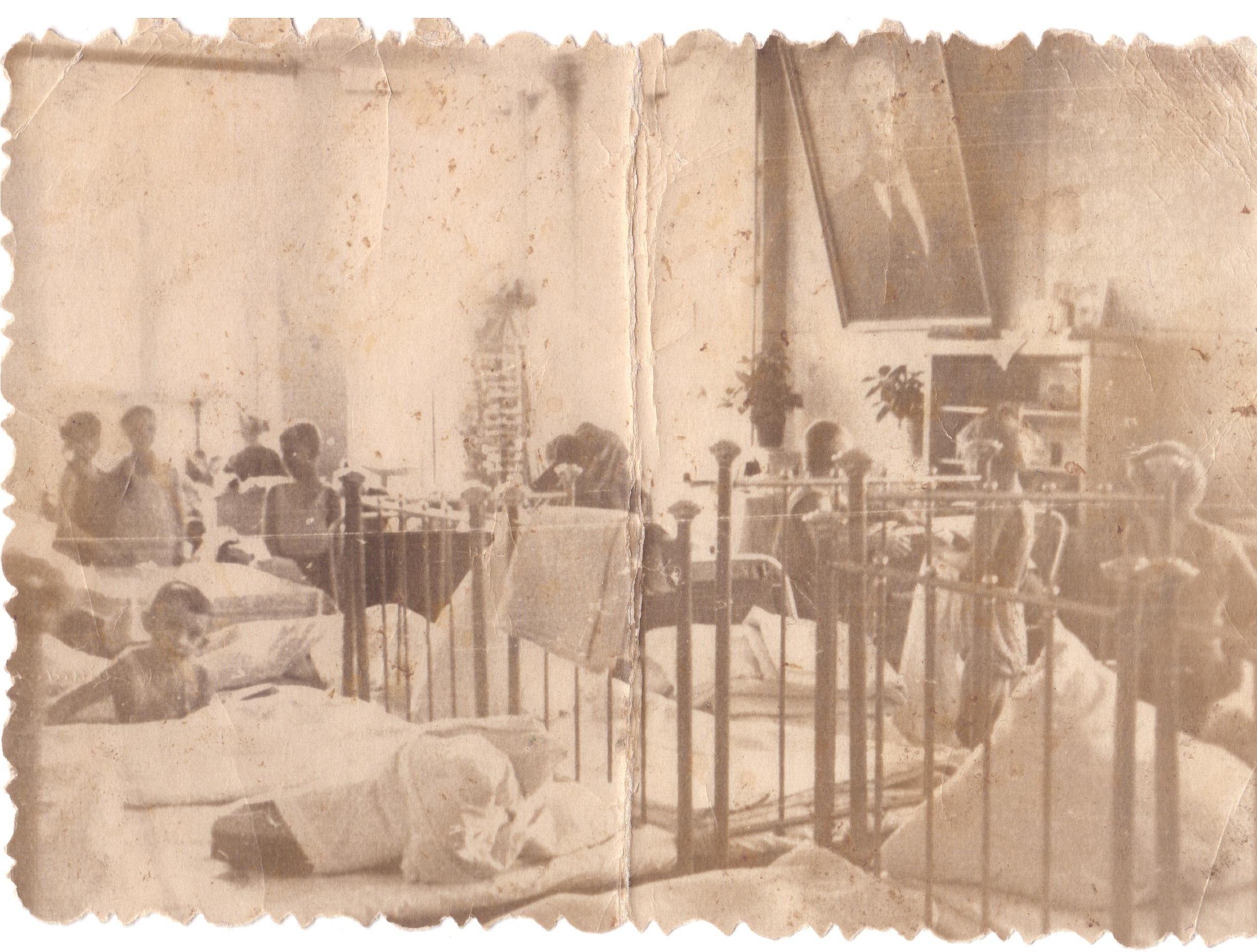 1950. После тихого часа. Интерьер в детском саду № 169