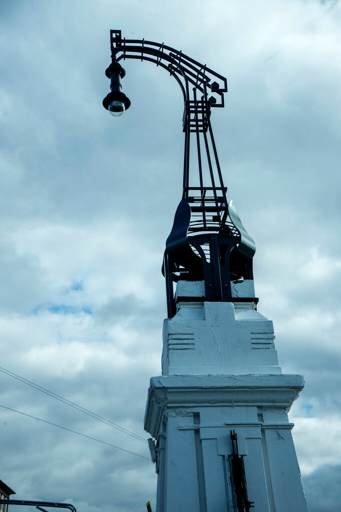 Фонарь в стиле московского модерна