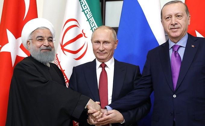 Владимир Путин провёл встречу с президентами Ирана Хасаном Рухани и Турции Реджепом Тайипом Эрдоганом