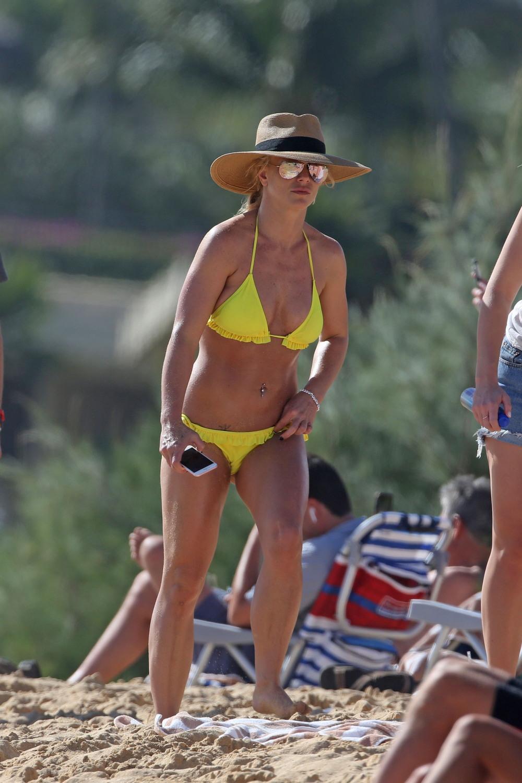 Бритни Спирс в бикини