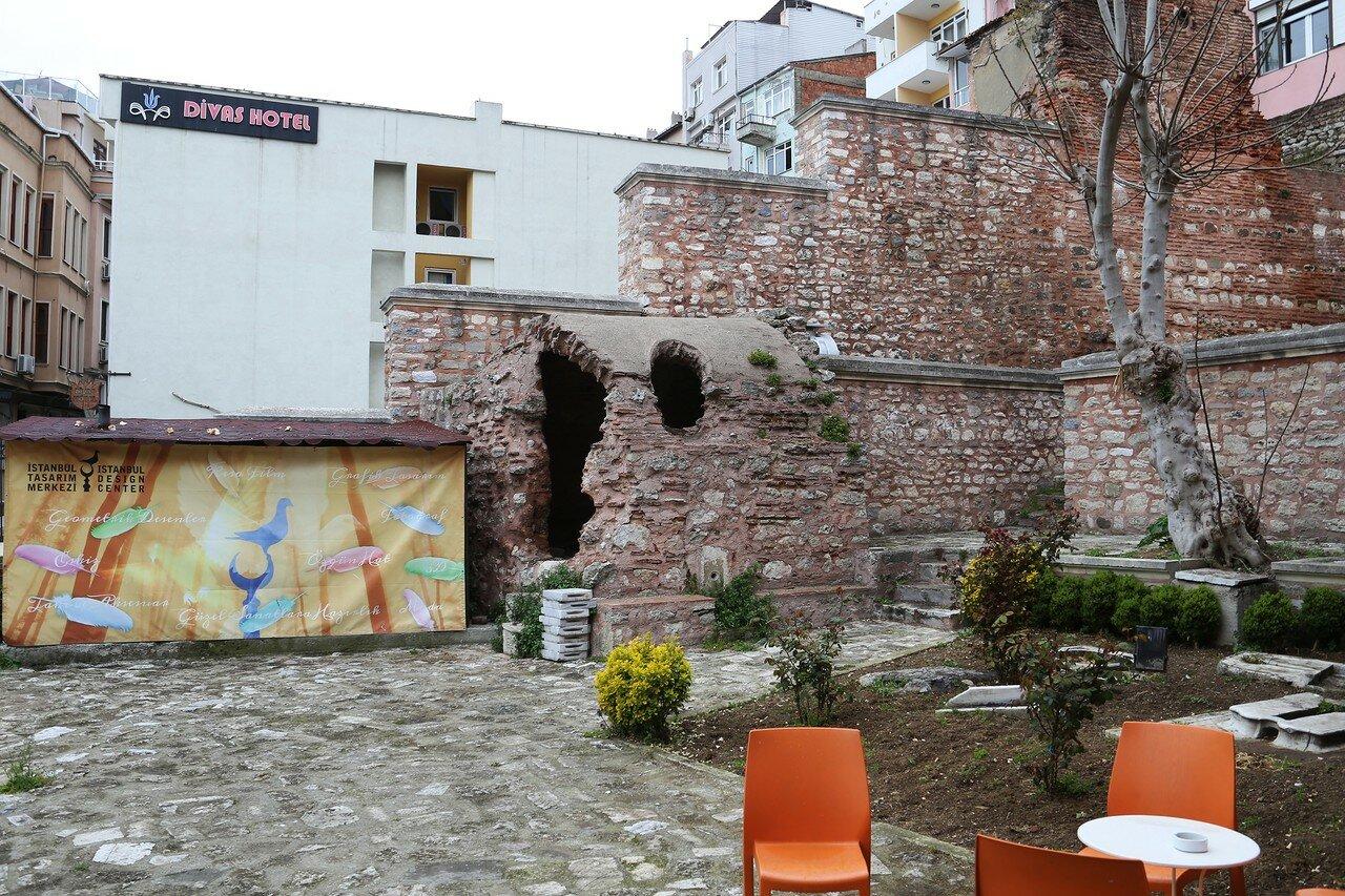Стамбульский центр дизайна (İstanbul Tasarım Merkezi)