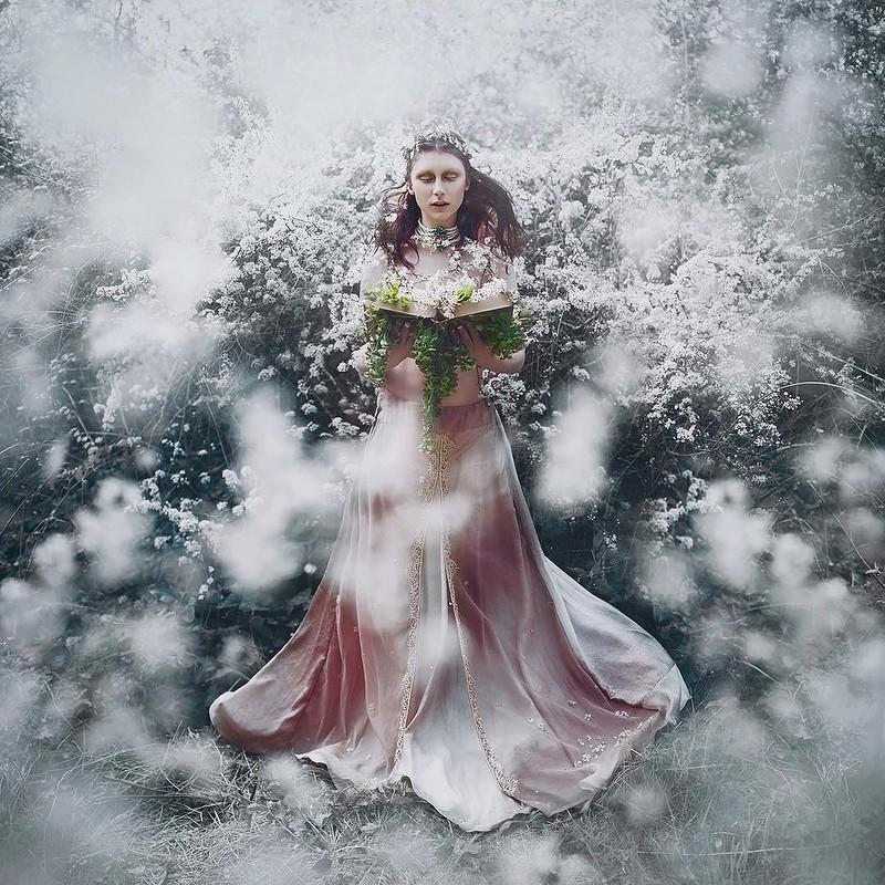 0 17e877 c108c9e orig - Магические портреты девушек от Беллы Котак