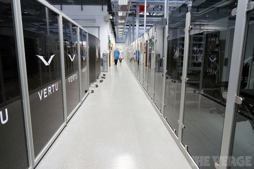 Экскурсия в мастерскую Vertu (37 фото + видео)