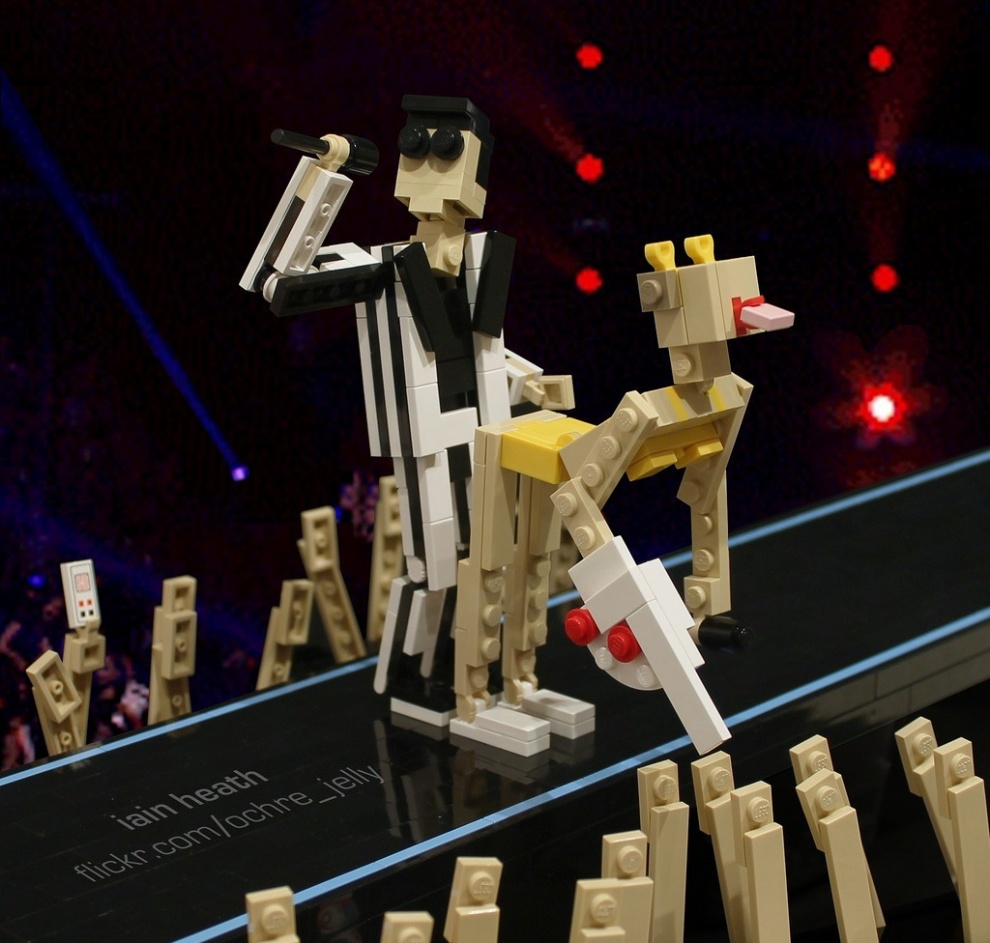 Удивительные и забавные поделки из Lego (50 фото)