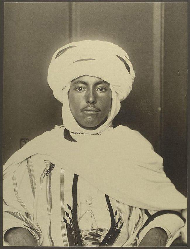 19. Мужчина из Алжира