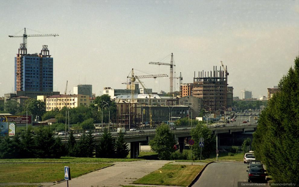 86. 1 ноября 2002 года. Впервые в практике жилищного строительства Новосибирска в отделке «Бэтмена»