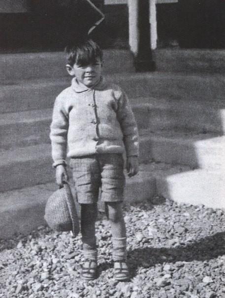 Эрнесто Че Гевару в детстве звали Тэтэ , что в переводе значит «поросёнок»* -это уменьшитель