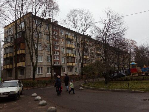 пр. Космонавтов 23к1