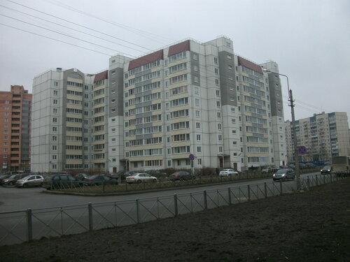 ул. Ижорского Батальона 14