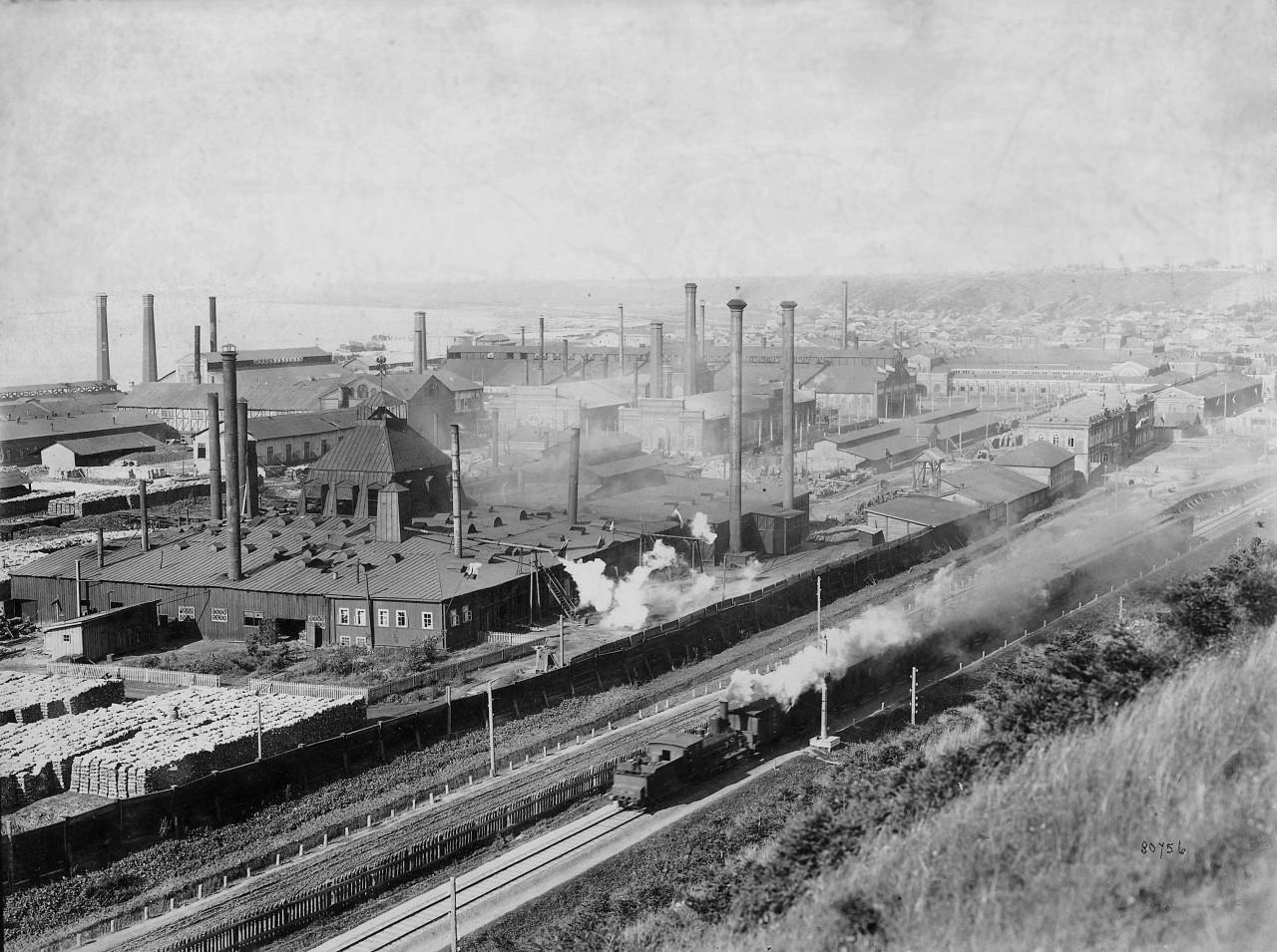 Вид на станцию Мотовилиха и пушечный завод