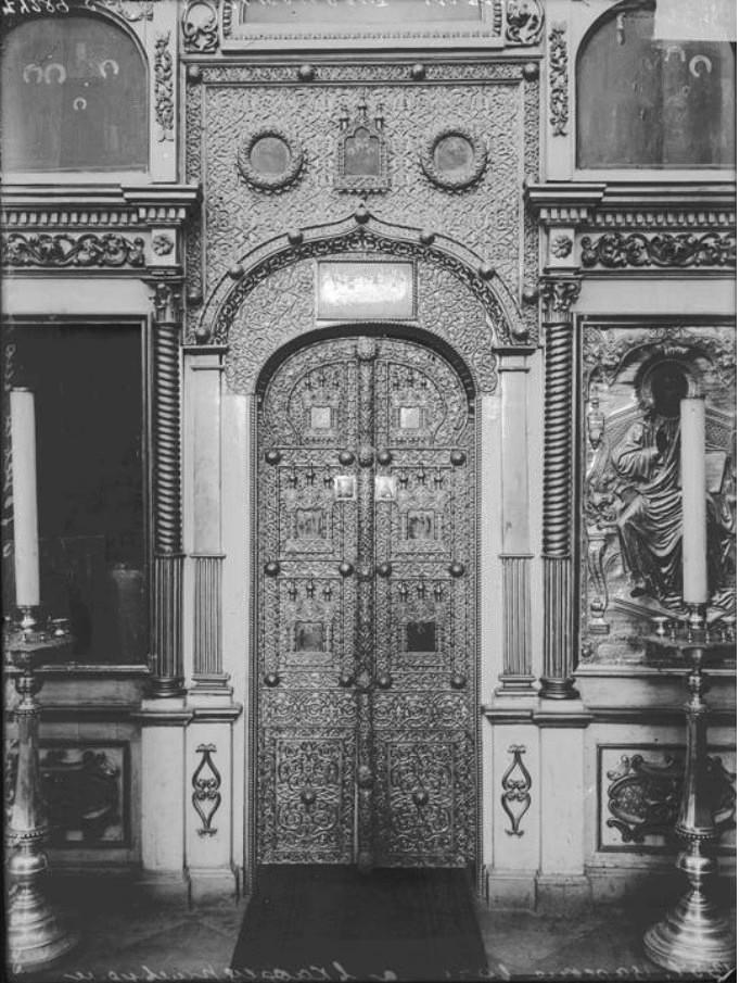 Спасо-Преображенский Кафедральный собор. Царские врата